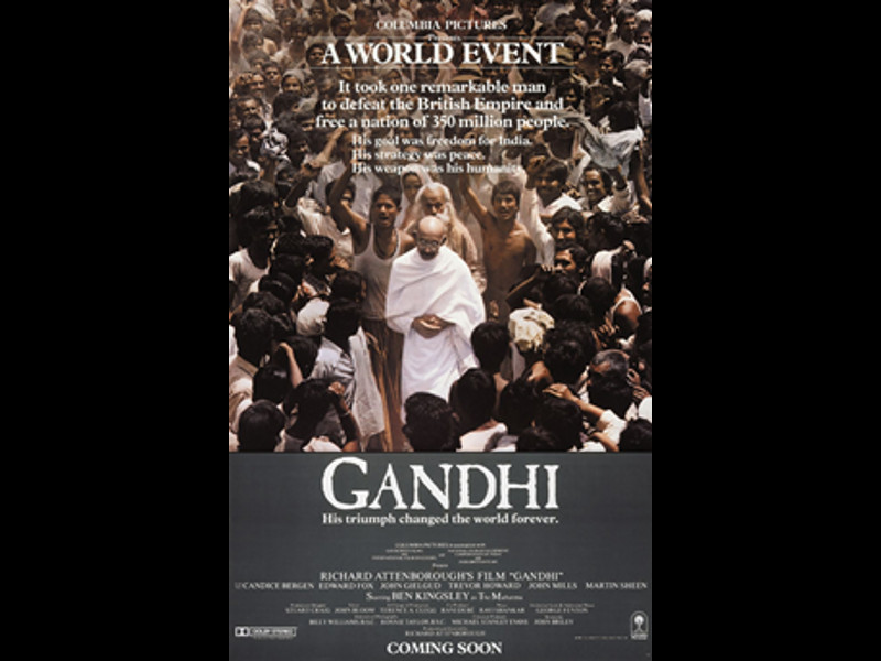 the vital role of mohunduras ghandi to indias independence Mk gandhi, was an important leader in the freedom struggle he spearheaded the pacifist role of the indian movement for independence and managed to capture the imagination of the western world, especially in the realms of imperialism.
